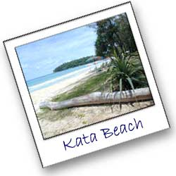 Kata Beach, a long sandy beach in a lagun that most of the time offer great swimming and is perfect for the families traveling to Phuket in Thailand
